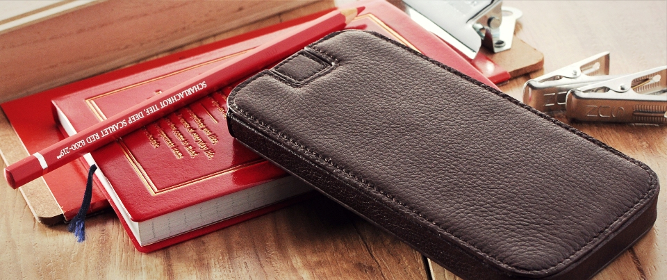 slim fit leather phone sleeve