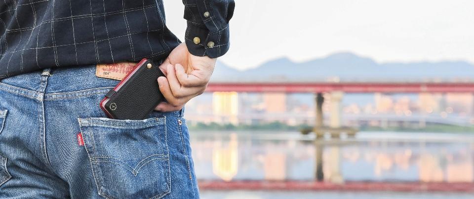 Black Pebble  Grain Genuine Leather Card Holder