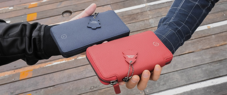 Red and Navy Blue Pebble Grain Bundle Apple  iPhone XS Max, XR, NOTE 9 Leather Zipper Travel Pocket Wallet