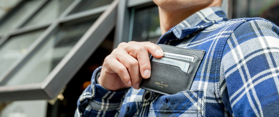 Black Apple iPhone 7 Plus Leather Zipper Pocket Wallet
