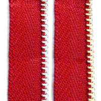 Red (E-8)