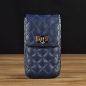 Carrying Pouch with Quilted Pattern