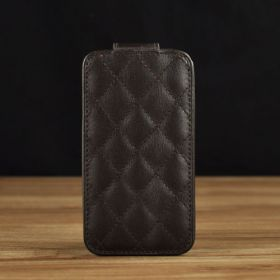 Up Fold with Quilted Pattern
