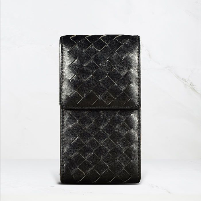 Vertical Case with Woven Pattern