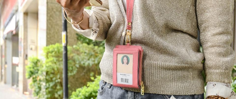 Black calfskin travel bi-fold leather wallet with lanyard