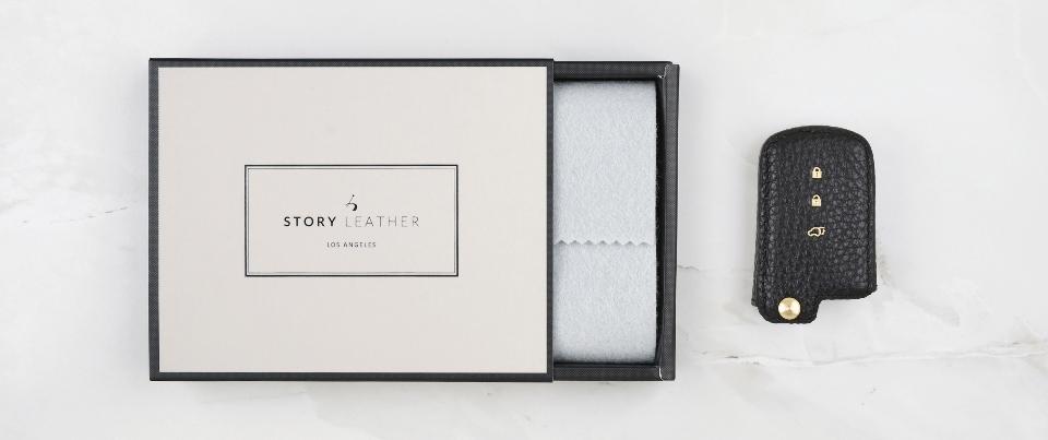 Custom Made Leather Key Cover for Your Toyota Sienta / Sienna Keyless Car Key Fob